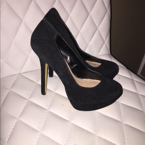 611a8a0865 Steve Madden Shoes | Bevv Suede Black Platform Pumps | Poshmark